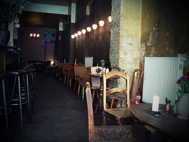 A Guide To Nonsmoker Friendly Bars In Berlin Iheartberlin De