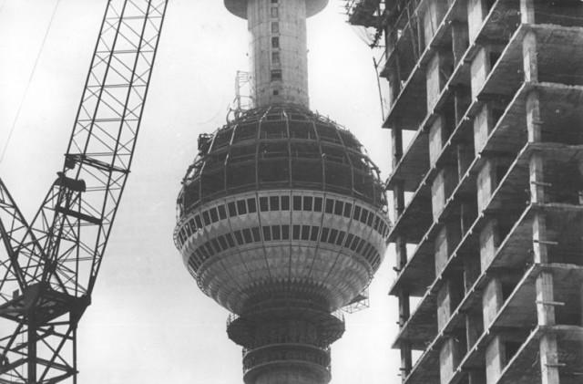 Berlin, Fernsehturm, Bau