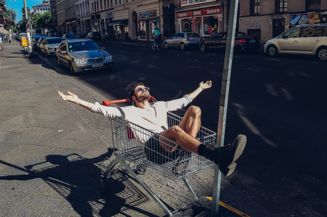 Enjoying the sun in Berlin-165649