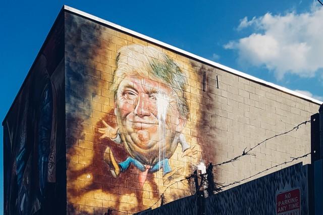 Trumpty Dumpty Graffiti-