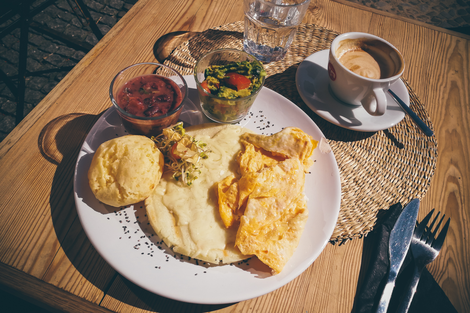 5 Delicious Breakfast Dishes from around the World in Berlin