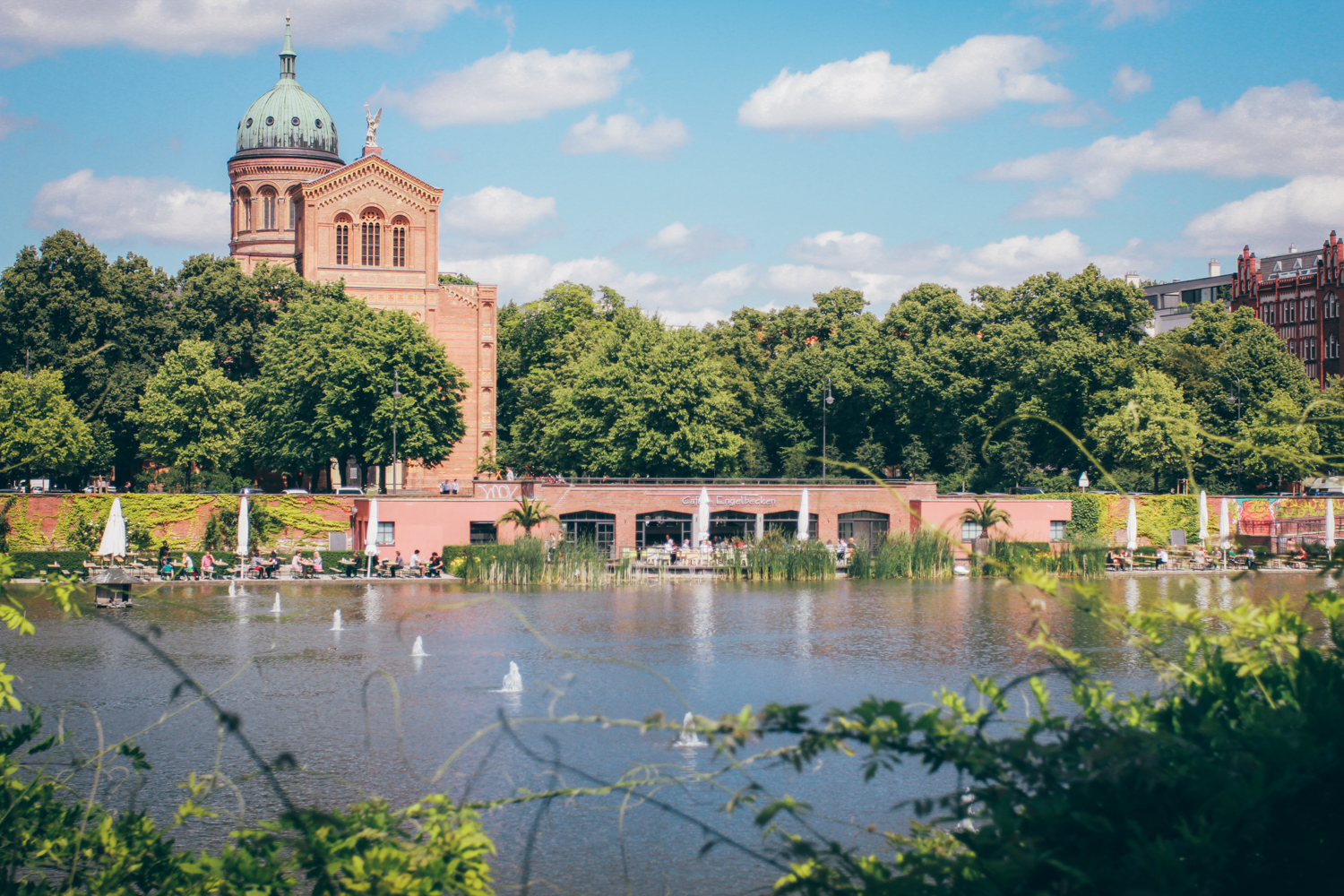 5 Charmante Cafes & Restaurants in Berlin am Wasser