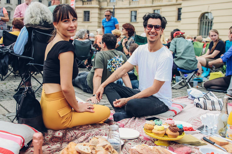 Ein Picknick mit der Staatsoper – Klassik Open-Air mit Anstoßen