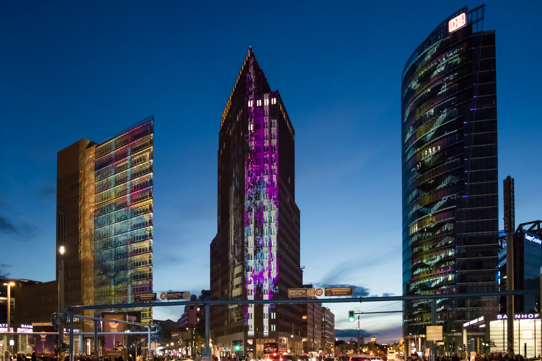 Berlin Erleuchtet in Bunten Farben: Das Festival of Lights