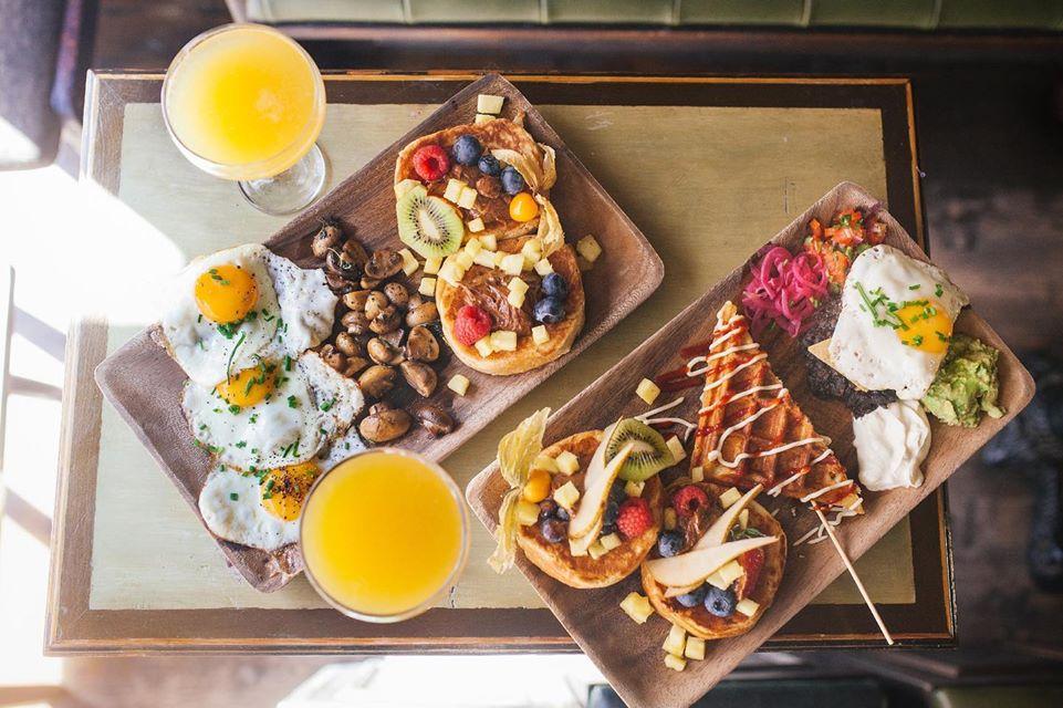Diese Berliner Cafes Liefern Frühstück & Brunch zu euch nach Hause