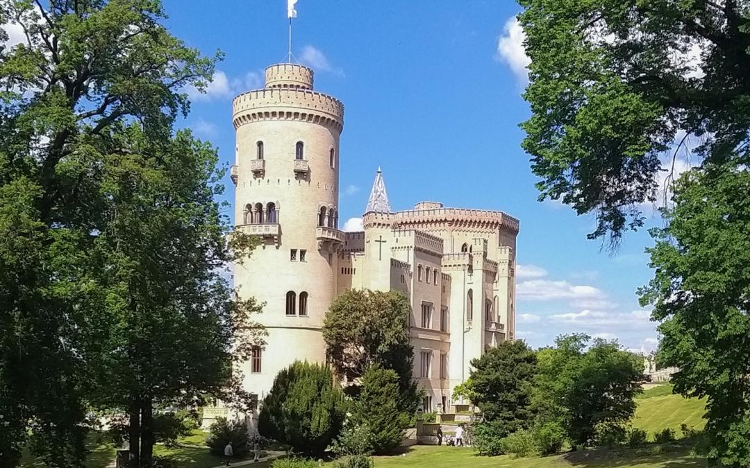 A Fairytale Castle Tour to Babelsberg Palace, Glienicke Park & Peackcock Island